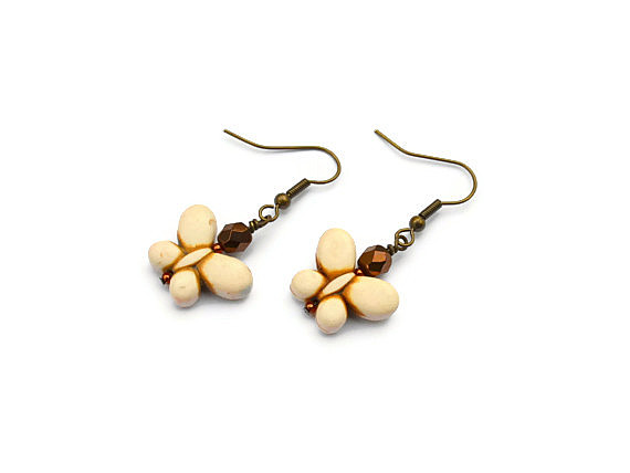 White butterfly gemstone summer earrings. Fashion trend jewelry