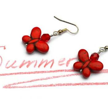 Butterfly gemstone summer earrings. Fashion trend jewelry