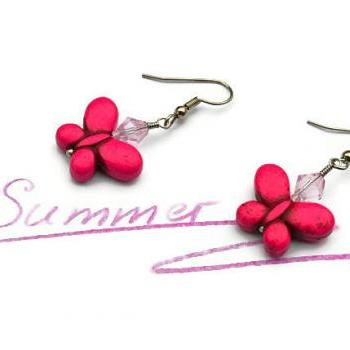 Fuchsia butterfly gemstone summer earrings. Fashion trend jewelry